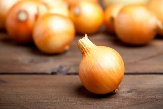 remedios caseros de cebolla para el cabello